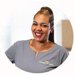 Linzie, Dental Assistant